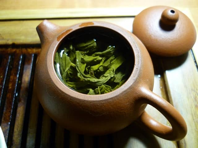 Does Green Tea help with sore throat